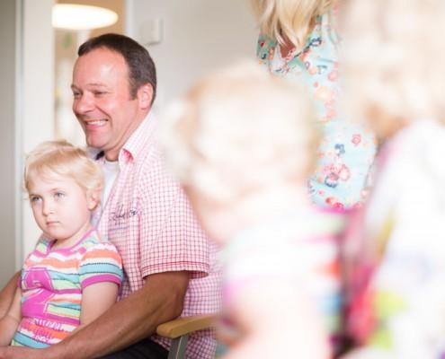 Gesunde Familie unterstützt durch Chiropraxis Landmann bei Hamburg